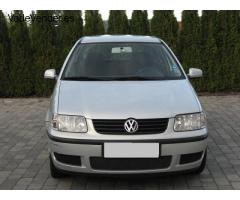 Volkswagen Polo 1.0 First Line  2000,66 550 km