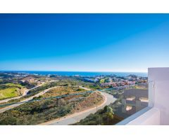 Penthouse Duplex con Vistas al Mar y Golf