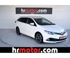 Toyota Auris Touring Sports 115D Active