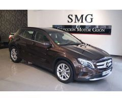 Mercedes-Benz GLA 220 CDIStyle 4Matic 7G-DCT